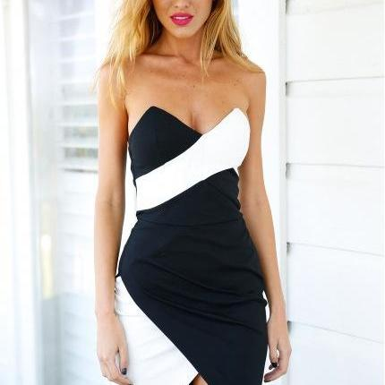 Slim Chest Wrapped Package Hip Halter Dress In Black And White Mixed Colors